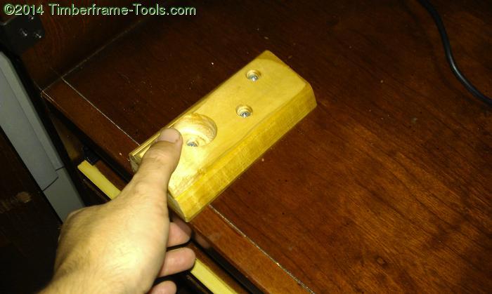 Lower mounting block